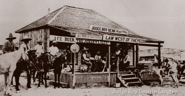 Judge Roy Bean holds court in Langtry