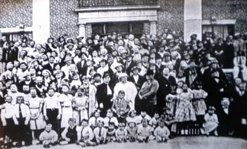 Dedicaton of Sherman's Woodmen Circle Home